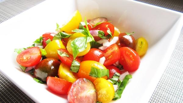 Fresh Tomato & Basil Salad