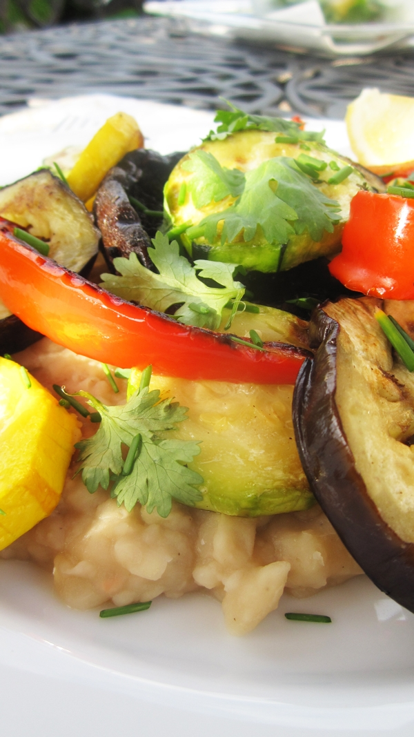 Grilled Mediterranean Veggies on White Bean Mash - Vegan & Gluten-Free