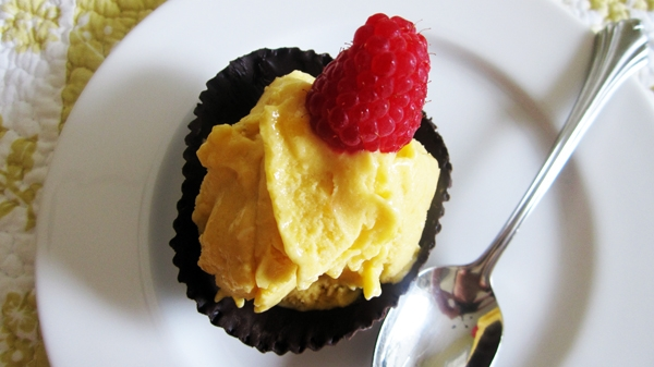 Raw Banana Mango Ice Cream in Chocolate Cups - Vegan & Gluten-Free