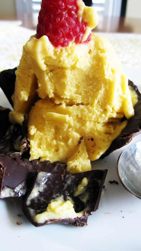 Raw Banana Mango Ice Cream in Chocolate Cups