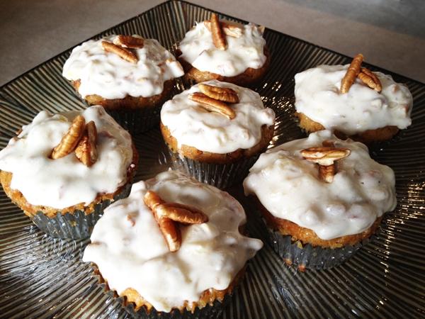 Carrot-Praline Cake (or Cupcakes)